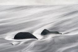 Lavastein im Meer